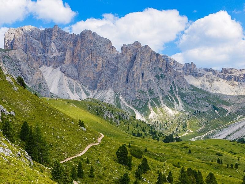 Italy-Dolomites-Mountains