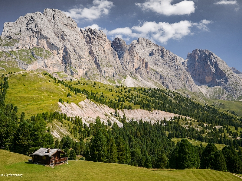 Italy-South Tyrol-Dolomites-Cabin