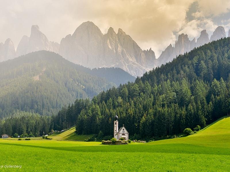 Italy-South Tyrol-Dolomites-Puez-Geisler